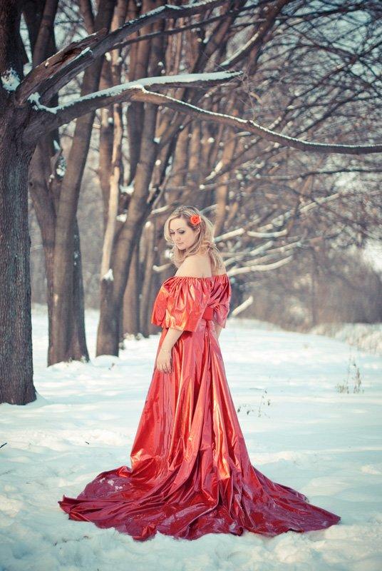 Фото в длинных платьях в лесу
